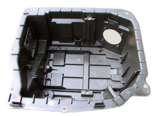 inserti installati con ribaditura in battery box