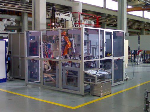 isola robotizzata per finitura di tubazioni