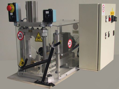 machine for the internal deburring of pipes