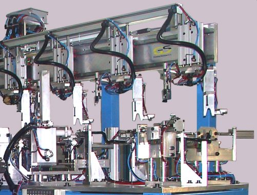 robotized system with horizontal transfer with 7 working stations