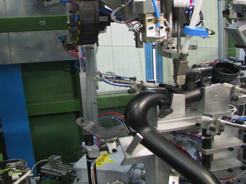 elektrische Tests und Schrauben